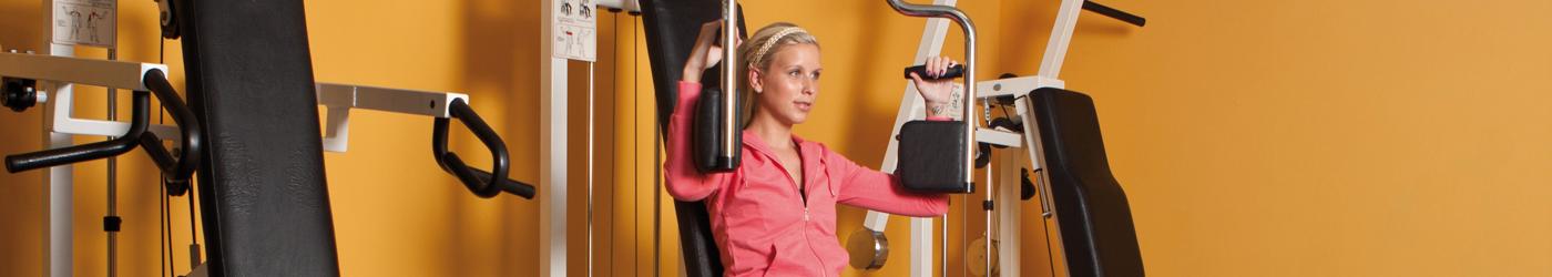 Mädchen beim Training im Fitnessstudio in Operpullendorf