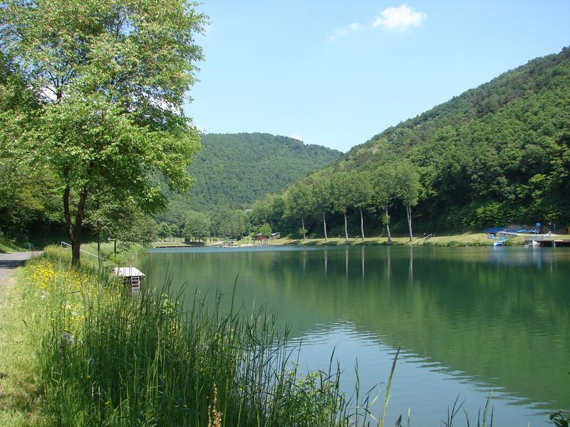 Der Naturbadesee von Rechnitz im Südburgenland