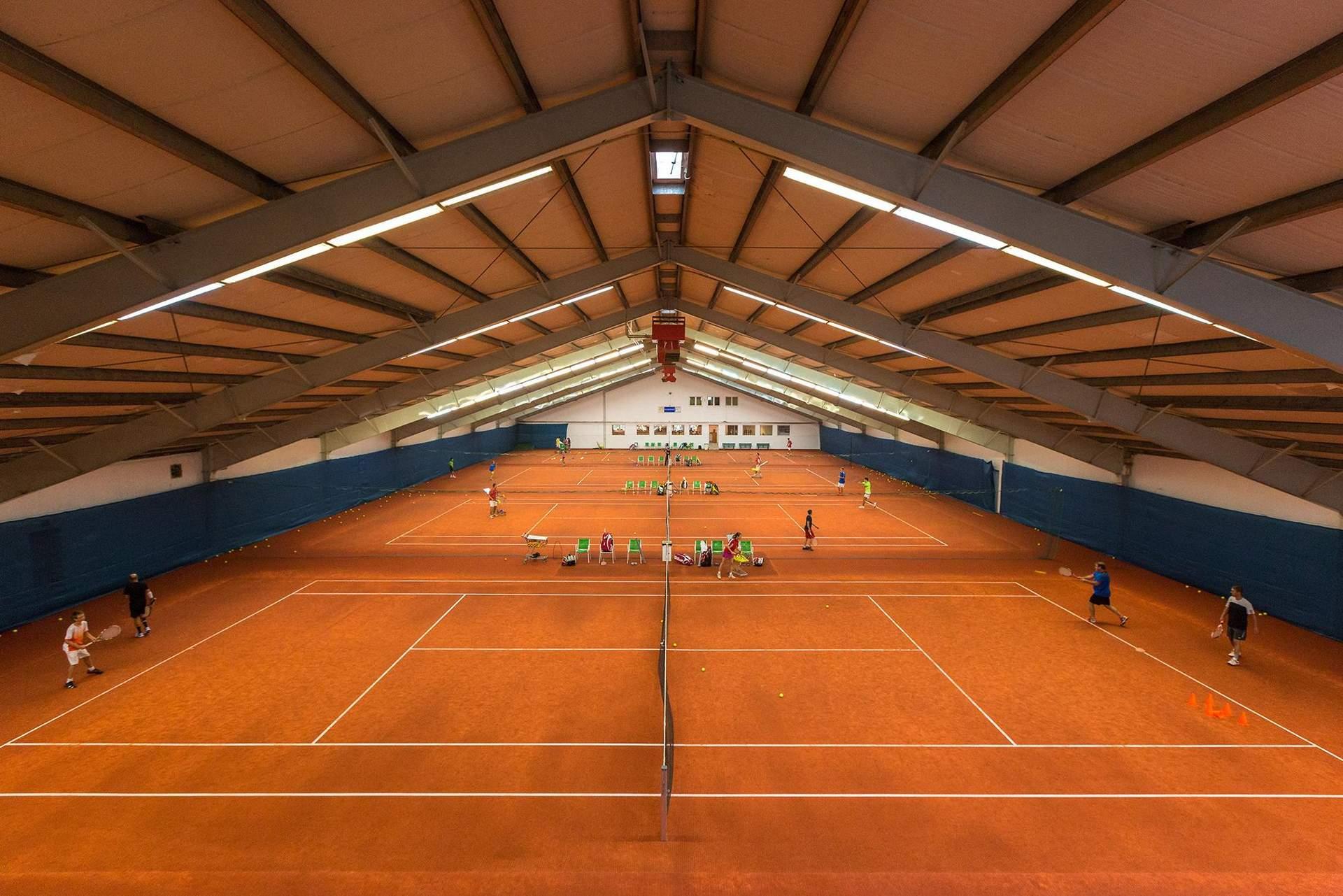 Tennishalle Sporthotel Kurz