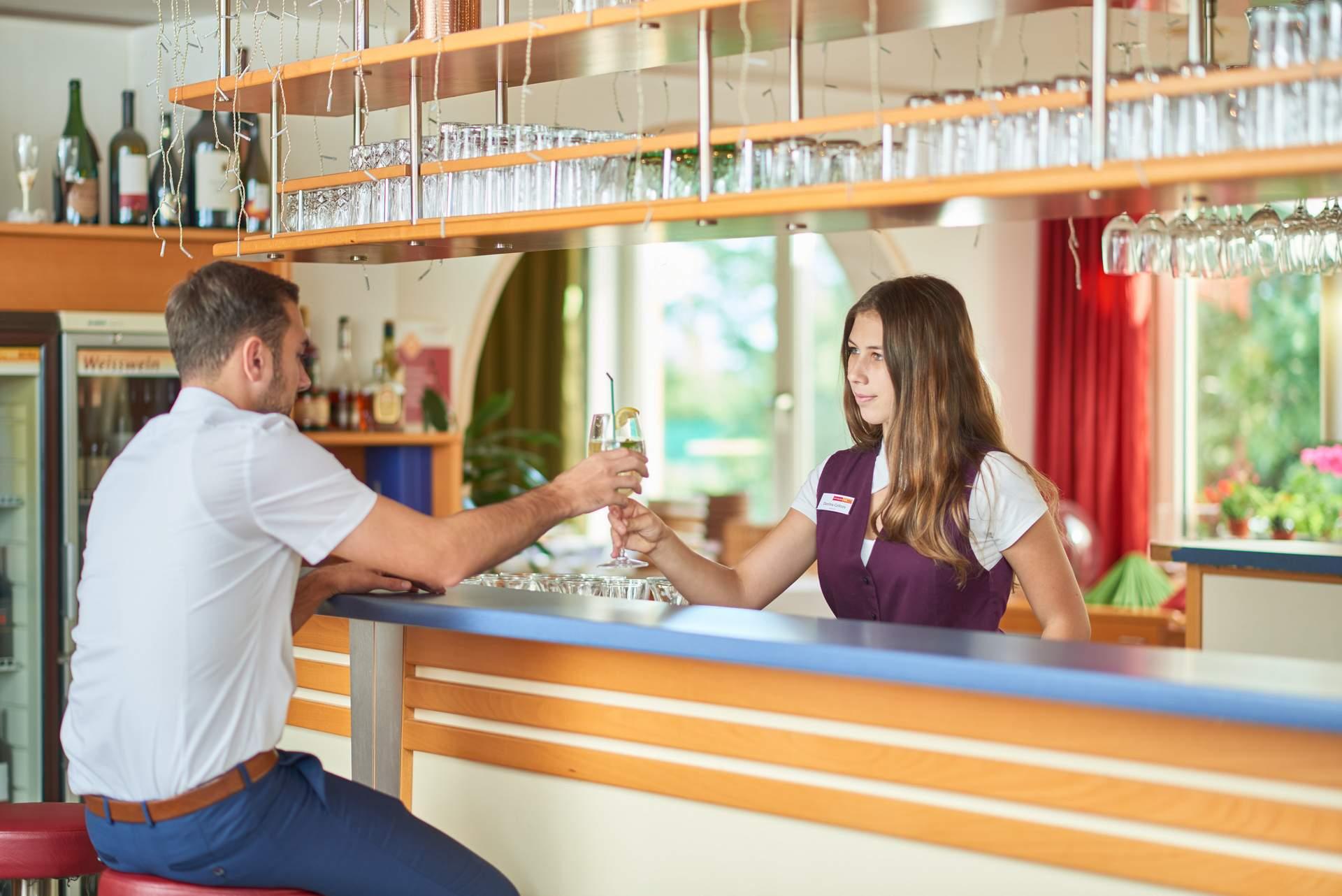 Getränke an der Hotelbar
