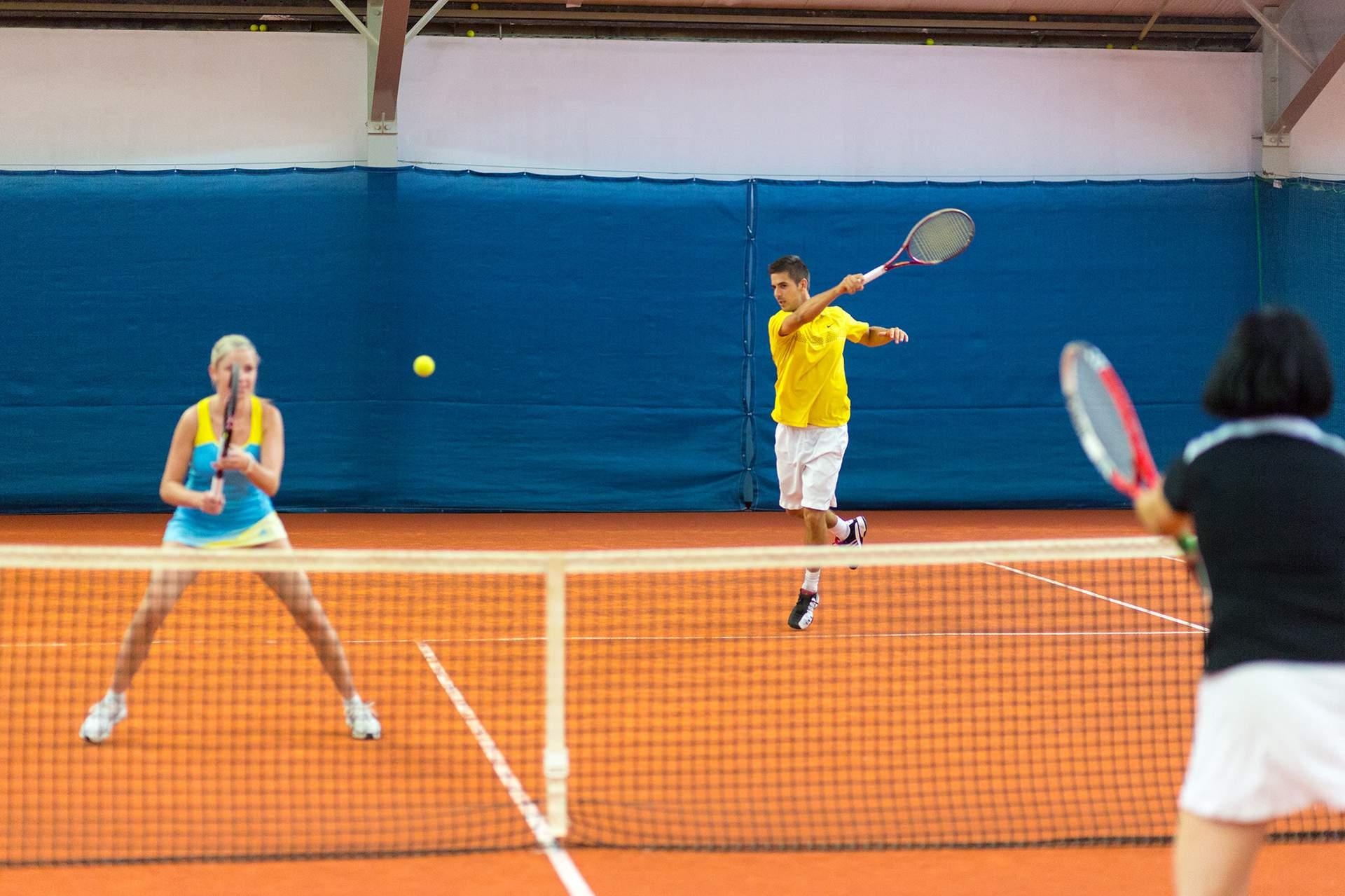 Tennis Doppel