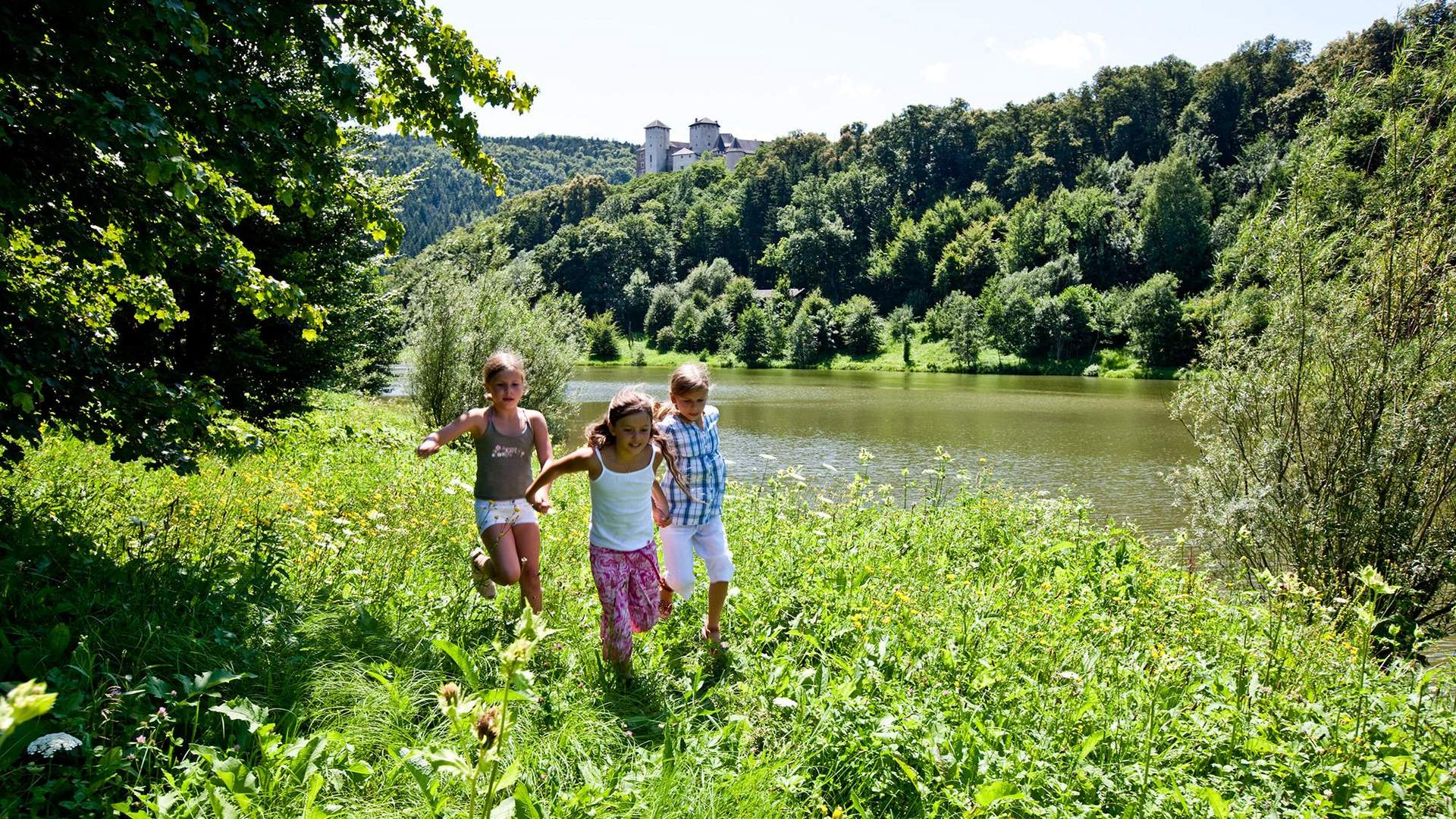 Ritterburg mit Burgsee
