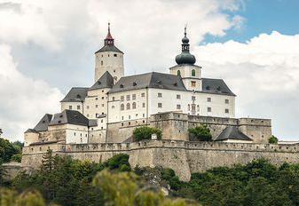 Panorama Burg Forchtenstein