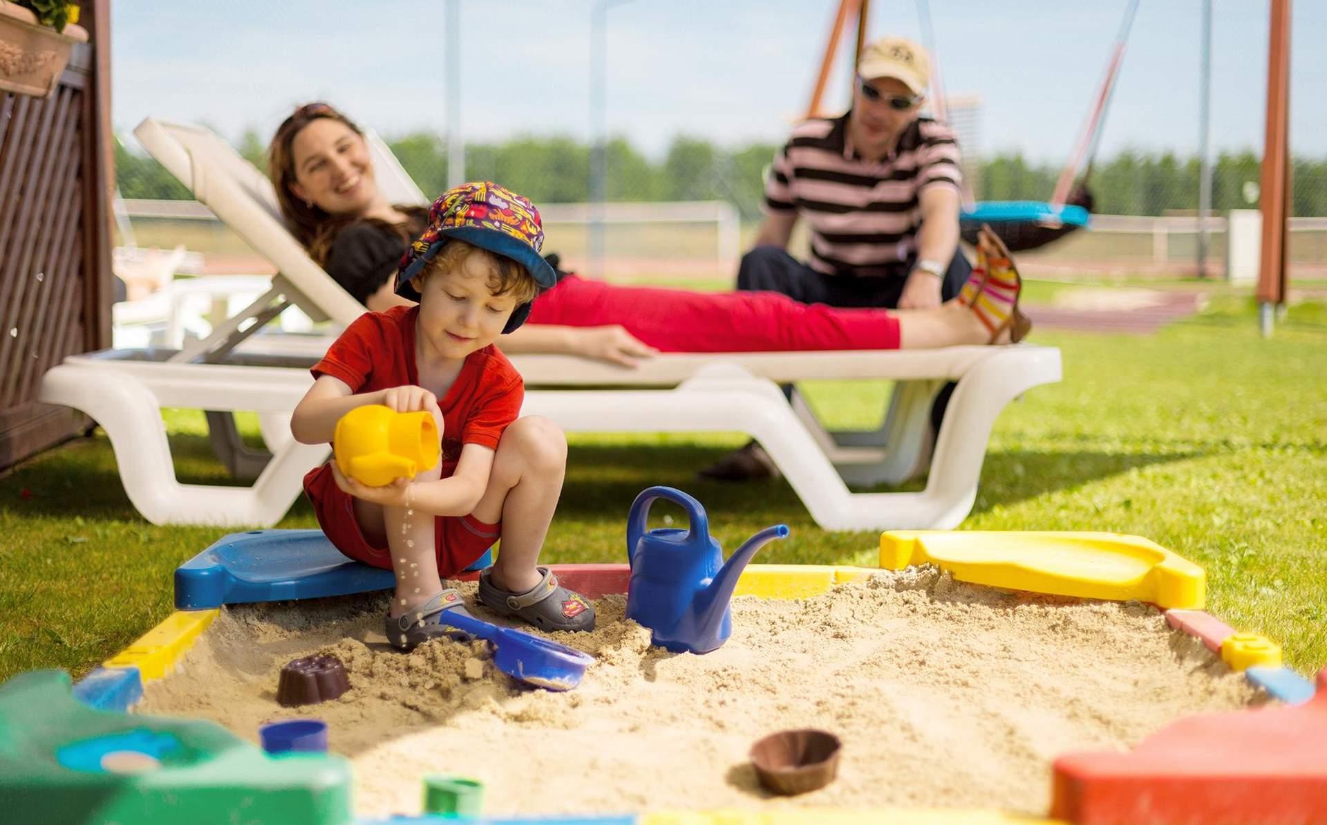 Spielen in der Sandkiste