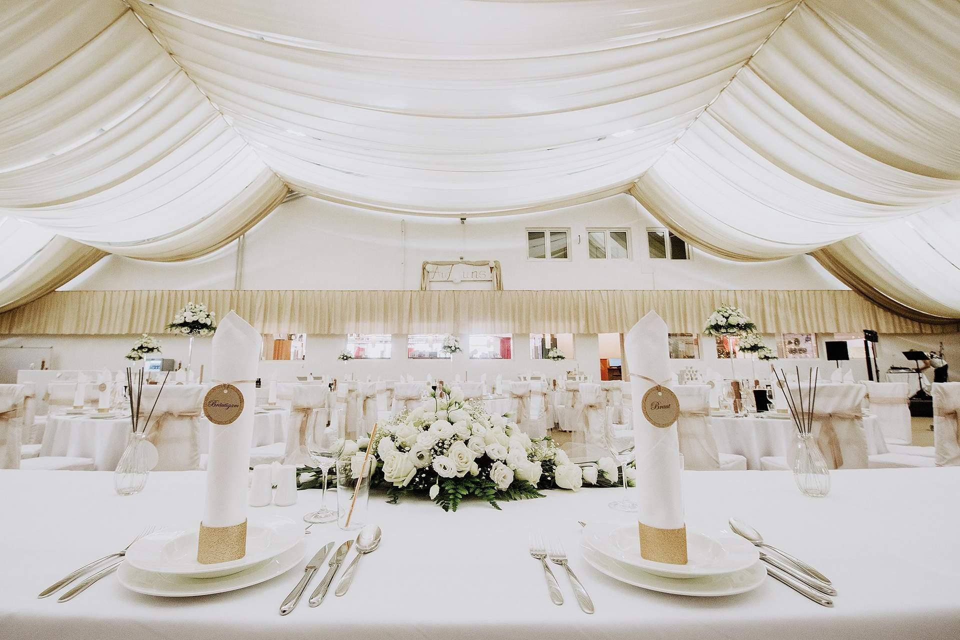 Brauttisch im Speisesaal