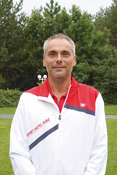 Balazs Patonai, Tennislehrer
